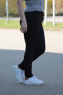Buena Vista Damen Jeans Hose Tummyless stretch black