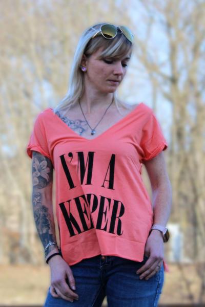 Local Celebrity Damen T-Shirt IM A KEEPER Größe M